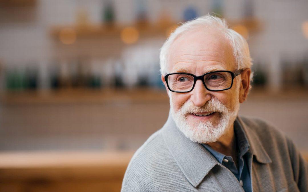 Quelles aides pour faciliter la vie d'une personne âgée à domicile ?