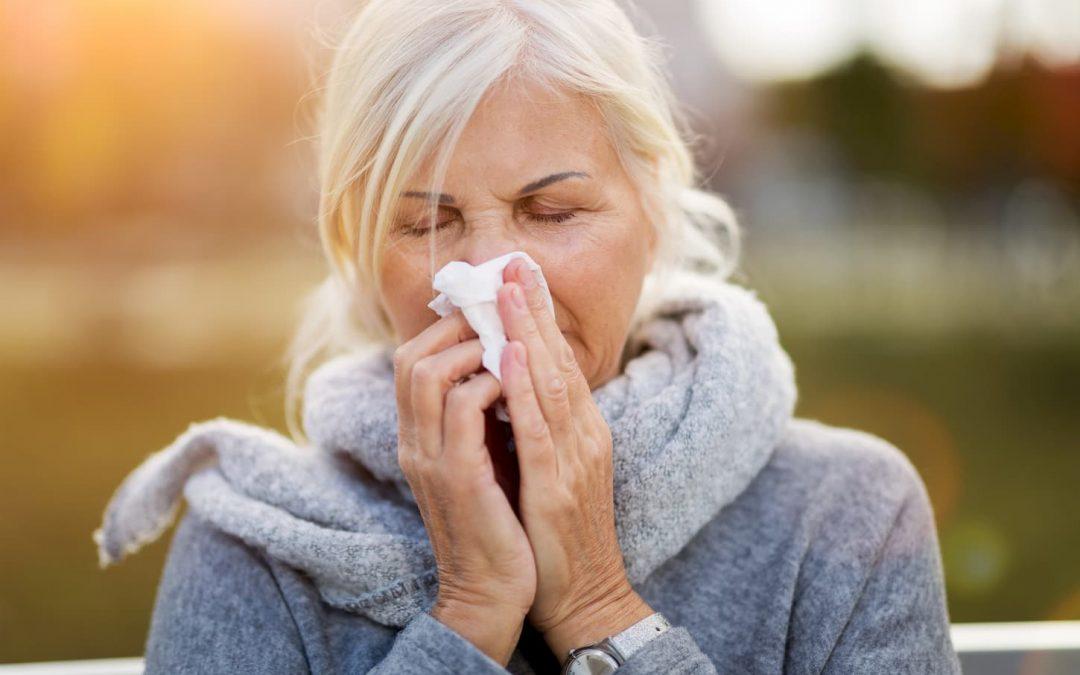 La grippe chez les seniors : manifestations, prévention et traitement
