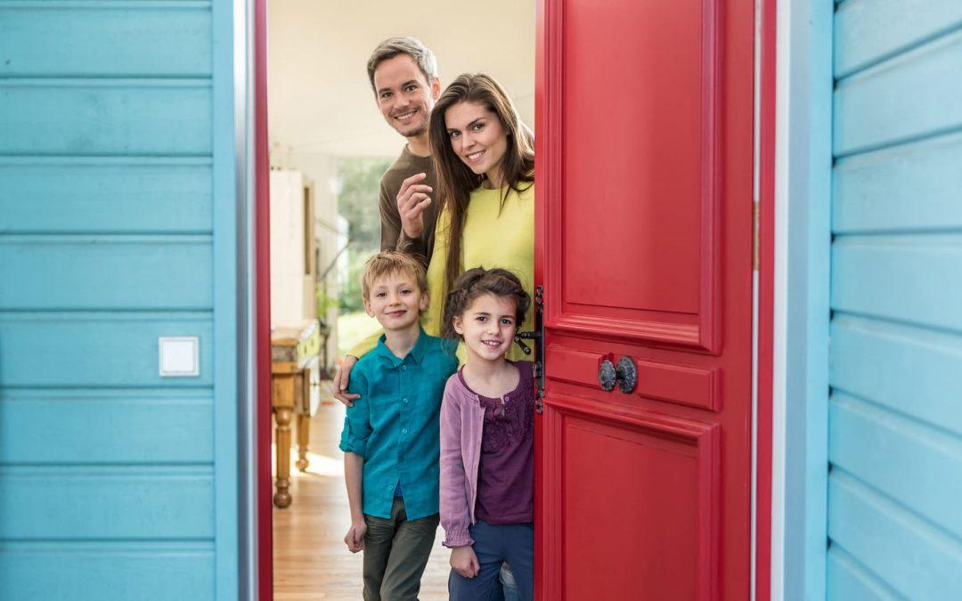 La famille d'accueil pour senior, une solution à bas coût