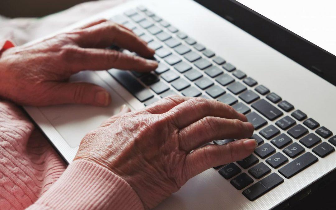 Quel est le meilleur ordinateur portable senior | Comparatif & Prix