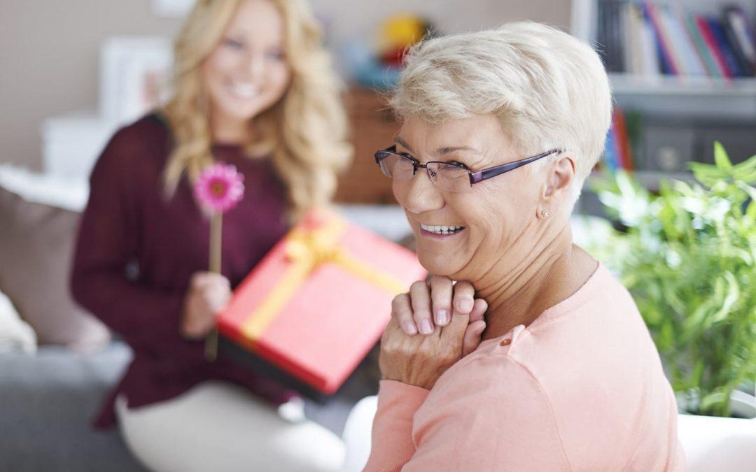 6 idées de cadeaux femmes senior